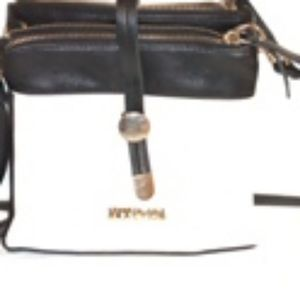 Kenneth Cole Reaction Leather Purse